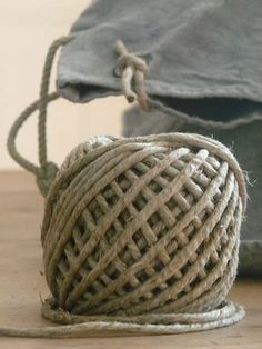 ball of twine,knotted tie