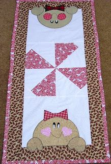 Paula's Crafty Boutique: Christmas Table Runners