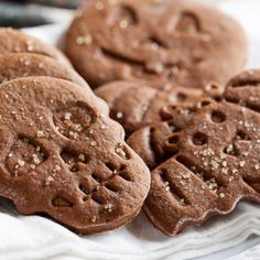 These molasses spice cookies have a deep, rich flavour. Not too sweet, very molasses-y, and with an undercurrent of dark rum.