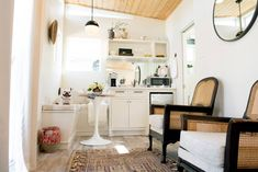 10 Small Living Rooms That Make Space for a Dining Table, Too (Apartment Therapy Main) Small Living Rooms, Small Spaces, Dining Room Small, Small Dining Table, Small Apartment Living Room, Circular Dining Table, Dining Room Spaces, Living Room Table, Backyard Guest Houses