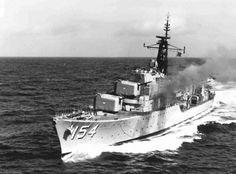 HMAS Duchess Daring class destroyer of the Royal Australian Navy (RAN). Tin Can Sailors, Australian Defence Force, Royal Australian Navy, Navy Man, Military Photos, Armada, Navy Ships, Submarines, Royal Navy