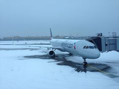 American Airlines Airbus A321-231 N101NN on a chilly day at New York-JFK, December 2013. (Photo: DearEdward)