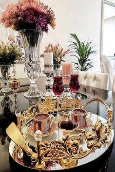 Este posibil ca imaginea să conţină: masă şi interior Ramadan Decorations, Thanksgiving Decorations, Vase Deco, Good Morning Coffee, Turkish Coffee, Deco Table, Coffee Love, Decoration Table, Coffee Drinks