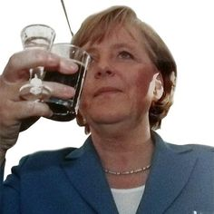 Angela Merkel mit Lüttjer Lage  #lüttjelage #hannover #bruchmeister #sommerfest #niedersachsen #tradition #beer #schnaps