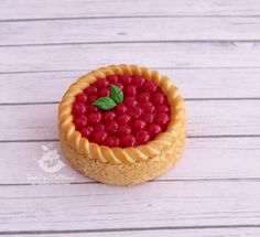 Miniature pie for dolls and doll houses. by SweetMiniDollHouse