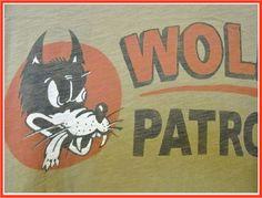 【楽天市場】【全国送料無料】Johnson Motors Inc.【ジョンソンモータース】WOLF PATROLTRENCH GREENトップス/Tシャツ/プリント/カーキ/ヴィンテージ/アメリカ/バイカーズ/【楽天●メンズF】/【メンズファッション】/10倍:SUSAN and WILLY