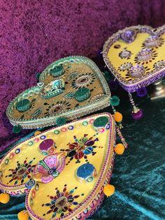 Heart shaped mehndi plates, An original design by Mehndi Decor, Henna Mehndi, Wedding Gift Wrapping, Wedding Gifts, Mehndi Designs, Fairy Lights Wedding, Wedding Plates, Trays, Heart Shapes