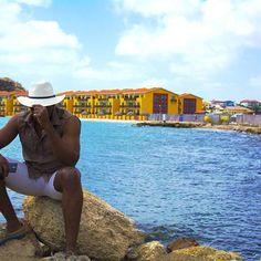 Evolution is inevitable..... #tbt #explorer #caribbean #bluesea #hotels #travel #vacation #panamahat #chalklinemedia #photooftheday #scenic #tropicalweather #love #life