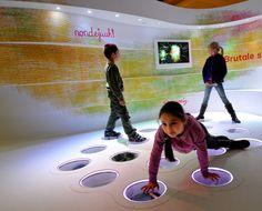Letterkundig Museum Den Haag - Papiria - Interactive  Annelie Grob  Design Platvorm  Lightdesign Licht-Joost de Beij