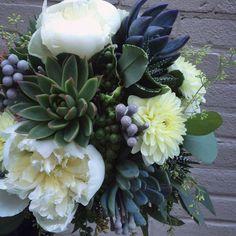 Botany Floral Studio   647-341-6646   Toronto Florist   Flower Delivery Toronto   Order Flowers Online