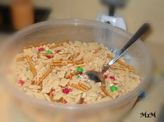 Check out my White Trash Recipe. It's the perfect snack or gift idea for the holidays. Christmas Crunch, Christmas Snacks, Christmas Candy, Christmas Cookies, Merry Christmas, Snack Mix Recipes, Baking Recipes, Baking Ideas, White Chocolate Chex Mix