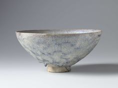 Fritware bowl, Iran, 1100 - 1300
