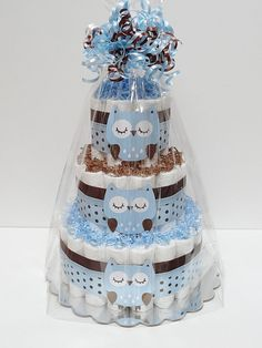 This is listing for Blue And Brown 3 Tier Owl Diaper Cake Baby Shower Centerpiece -Production & Shipping- Current production time for this Regalo Baby Shower, Baby Shower Deco, Baby Shower Gift Basket, Shower Bebe, Baby Shower Diapers, Baby Shower Cakes, Baby Shower Themes, Baby Shower Gifts, Diaper Shower