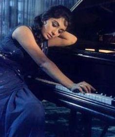 Sadhana Shivdesani (Bollywood veteran actress) in Anita...