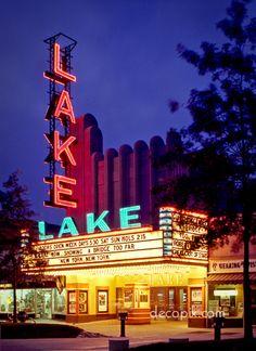Lake Theatre, Oak Park, Illinois
