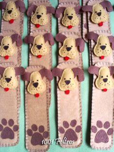 Olá. Primeiro quero agradecer todos queprestigiaram meu trabalho navotação do projeto Alice no País das Maravilhas!! Obrigada por todos ... Felt Bookmark, Alice, Felt Crafts, Gingerbread Cookies, Needle Felting, Bookmarks, Labrador, Pets, Blog