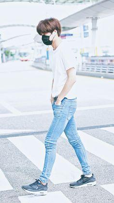 Official Korean Fashion : Korean Boyfriend Look Kai Exo, Suho Exo, Kpop Fashion, Asian Fashion, Airport Fashion, Mens Fashion, K Pop, Kim Jongin, Men's Clothing