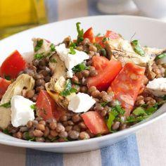 Salade de lentilles au chorizo, artichauts, tomates et feta