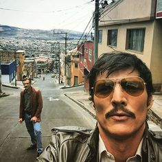 Narcos-A chronicled look at the criminal exploits of Colombian drug lord Pablo Escobar.