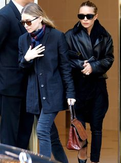 - Mary-Kate & Ashley leaving the Bristol Hotel in Paris - 15607462 28629 - OlsensObsessive.Com Gallery // Your number one resource for everything Mary-Kate and Ashley Olsen Mary Kate Olsen, Mary Kate Ashley, Olsen Fashion, Star Fashion, Kate Bosworth, Carrie Bradshaw, Miroslava Duma, Manolo Blahnik, Giorgio Armani