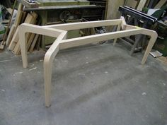 structure table smaller version for glass top Log Furniture, Steel Furniture, Woodworking Furniture, Furniture Making, Woodworking Plans, Dinning Chairs, Glass Dining Table, Diy Table, Wood Table