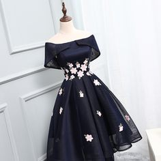 Applique Homecoming Dresses, Black A-line/Princess Prom Dresses, Short Black Prom Dresses, 2017 Homecoming Dress Chic Black Asymmetrical Short Prom Dress Party Dress Junior Homecoming Dresses, Cheap Short Prom Dresses, Prom Dresses 2018, Black Prom Dresses, A Line Prom Dresses, Tulle Prom Dress, Prom Party Dresses, Pretty Dresses, Lace Dress