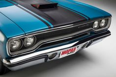 Old Muscle Cars, American Muscle Cars, Plymouth Savoy, Detroit Cars, Dodge Super Bee, Chrysler Cars, Us Cars, Road Runner, Mopar