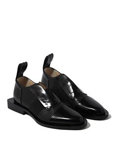 Visibly Interesting: Paco Rabanne Womens Leather Flat slip on Shoes Studio 54, Derby, Looks Dark, Leather Slip On Shoes, Real Leather, Winter Shoes, Summer Shoes, Pump Shoes, Flat Shoes