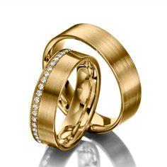 Eheringe 123gold Classic Line, Gelbgold 585/- Breite: 6,00 - Höhe: 1,50 - Steinbesatz: 22 Brillanten zus. 0,22 ct. tw, si (Ring 1 mit Steinbesatz, Ring 2 ohne Steinbesatz). Alle Eheringe können Sie individuell nach Ihren Wünschen konfigurieren.