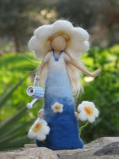Needle+felted+daisy+lady++waldorf+inspired+by+Made4uByMagic,+$52.00