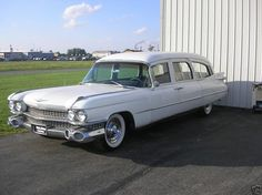 1959 Cadillac Hearse Ambulance Combo, oh this baby is begging for some blue lights and a roof rack