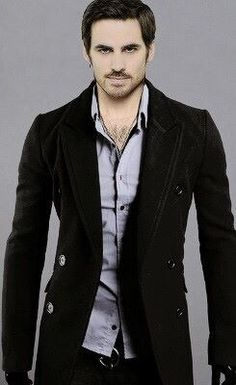 Hook's new look for season four - Once upon a time - Captain Hook - Colin O'donoghue - Killian Jones - OUAT