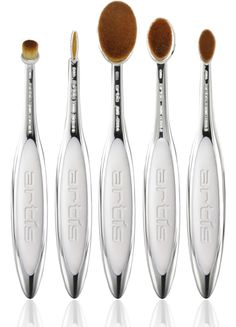 artis elite mirror 5 brush set bottom view with reflection.png