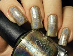 Nail of the Day - Joanna http://theearlybeautycatchestheblush.blogspot.de/2015/09/notd-colors-by-llarowe-joanna.html #Overboard #ColorsbyLlarowe