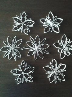 Creative in your spare time: Stars from toilet paper rolls paper . - Creative in your free time: Stars from toilet paper rolls - Quilling Christmas, Christmas Ornament Crafts, Paper Ornaments, Holiday Crafts, Christmas Crafts, Snowflake Ornaments, Snowflakes, Christmas Tree, Toilet Roll Craft