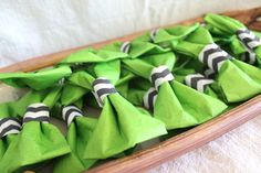 DIY tutorial – Little Man theme boy baby shower napkin bow ties