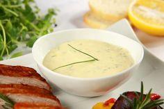 Sos chrzanowy Polish Recipes, Polish Food, Cheeseburger Chowder, Cantaloupe, Soup, Fruit, Cauldron, Sauces, Easter