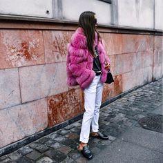 "344 curtidas, 5 comentários - Maria Kragmann (@mariakragmann) no Instagram: ""On Monday's I wear pink 🐷🎀"""
