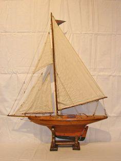 19c. English Pond Yacht