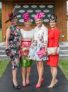 Sybil Mulcahy looking lovely wearing Aideen Bodkin, judging the best dressed lady at  at the Fairy House races recently