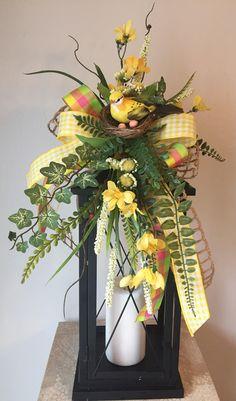 How to Decorate Your Own Mailbox Spring Fever, Spring Summer, Lanterns Decor, Lantern Centerpieces, Floral Arrangements, Flower Arrangement, Hurricane Lanterns, Diy Pallet Projects, Craft Projects