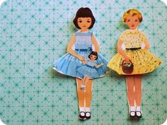 Vintage Betsy McCall paper dolls - tons of free downloads - so fun!