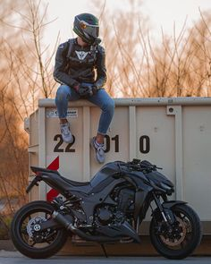 Motorcycle Outfit, Motorcycle Bike, Ninja Bike, Sportbikes, Bobber, Cars And Motorcycles, Motorbikes, Dream Catcher, Vehicles