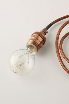 copper cable with round edison bulb / light Edison Lighting, Copper Lighting, Home Lighting, Lighting Design, Lamp Light, Light Bulb, Diy Light, Luminaria Diy, Edison Lampe