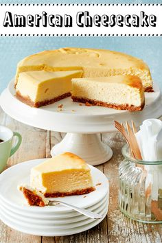 American Cheesecake - this is how the original works! DELICIOUS - American cheesecake is the big brownie of our cheesecake as we know it, but the American version co - Stir Fry Recipes, Snack Recipes, Healthy Recipes, American Cheesecake, Burger Party, American Diner, American Version, Baked Cheesecake Recipe, Vegan Cheesecake