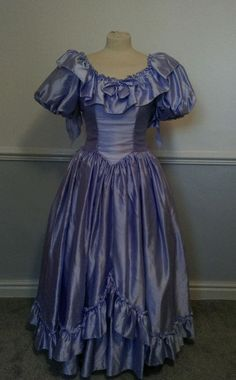 Vintage 1980s Bridesmaid Dress Lilac Satin 30in Chest