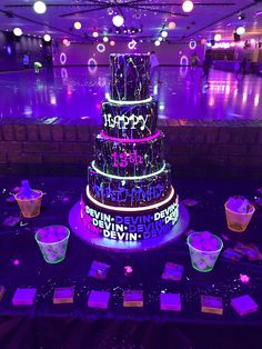 Best Birthday Party Ideas For Teens Sweet 16 Decorations 57 Ideas Sleepover Birthday Parties, Birthday Party For Teens, 16th Birthday, Birthday Party Decorations, Sweet 16 Birthday, Birthday Ideas, Neon Birthday Cakes, Teen Birthday, Neon Party Themes