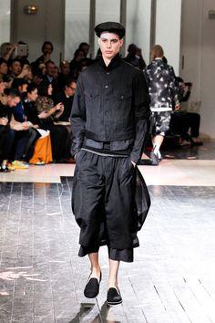 [No.7/40] Yohji Yamamoto 2014春夏コレクション | Fashionsnap.com