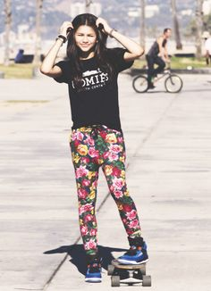 zendaya coleman skateboarding - photo #9