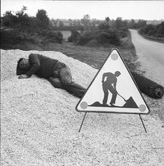 René Maltête    - HUMOR -    René Maltête was born on may, 8, 1930 at Lamballe(Côtes d'Armor, France).   He starts taking pictures at 16.   ...